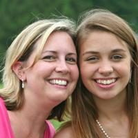 Be-STepWise-Mother-and-step-daughter